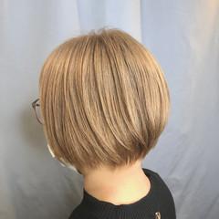 ホワイトベージュ ガーリー ボブ ミルクティーグレージュ ヘアスタイルや髪型の写真・画像