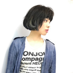 前髪パッツン ボブ 個性的 抜け感 ヘアスタイルや髪型の写真・画像