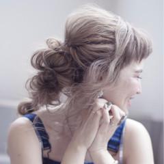 オン眉 フェミニン 涼しげ ロング ヘアスタイルや髪型の写真・画像