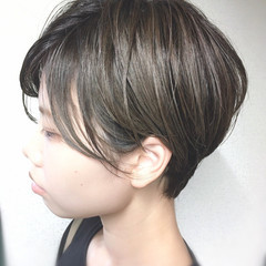 シースルーバング フェミニン 大人かわいい 極細ハイライト ヘアスタイルや髪型の写真・画像