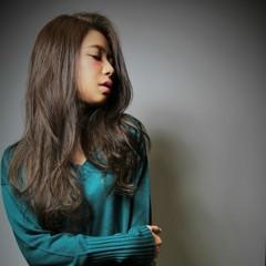 ロング 大人かわいい グラデーションカラー ストレート ヘアスタイルや髪型の写真・画像