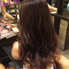 ピンク レッド ストリート グラデーションカラー ヘアスタイルや髪型の写真・画像