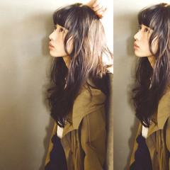 大人かわいい ゆるふわ ロング 暗髪 ヘアスタイルや髪型の写真・画像
