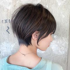 前髪パッツン 丸みショート ショートヘア ショートボブ ヘアスタイルや髪型の写真・画像