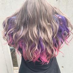 派手髪 ミディアム ベージュ ハイトーン ヘアスタイルや髪型の写真・画像