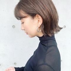 ミニボブ ナチュラル ショートヘア 切りっぱなしボブ ヘアスタイルや髪型の写真・画像