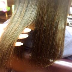 ストレート くすみカラー アッシュ ストリート ヘアスタイルや髪型の写真・画像