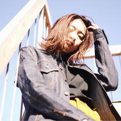 色気 ミディアム ニュアンス ダブルカラー ヘアスタイルや髪型の写真・画像