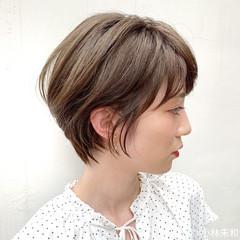 耳かけ オーガニックカラー ショート 外国人風カラー ヘアスタイルや髪型の写真・画像