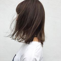 イルミナカラー 外国人風 ハイライト ストリート ヘアスタイルや髪型の写真・画像