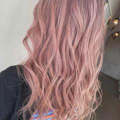 ロング ピンク ラベンダーピンク トレンド ヘアスタイルや髪型の写真・画像