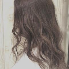バレイヤージュ ナチュラル グレージュ 透明感 ヘアスタイルや髪型の写真・画像