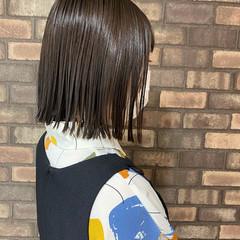 スロウ 切りっぱなし イルミナカラー 切りっぱなしボブ ヘアスタイルや髪型の写真・画像