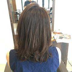 ナチュラル 暗髪 オフィス ウェットヘア ヘアスタイルや髪型の写真・画像