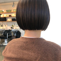 ショートボブ ショートヘア ミニボブ 切りっぱなしボブ ヘアスタイルや髪型の写真・画像