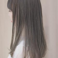 イルミナカラー グレージュ ナチュラル ロング ヘアスタイルや髪型の写真・画像