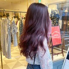 ロング ピンクアッシュ ピンクベージュ ブリーチなし ヘアスタイルや髪型の写真・画像
