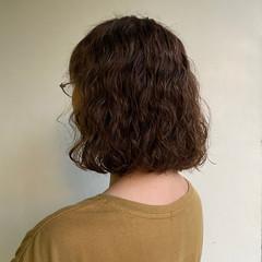 ゆるふわパーマ パーマ 大人かわいい 無造作パーマ ヘアスタイルや髪型の写真・画像
