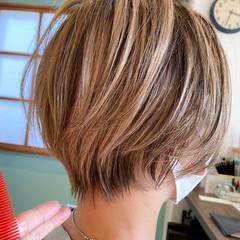 丸みショート ショートヘア ショート ナチュラル ヘアスタイルや髪型の写真・画像