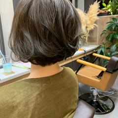 大人ヘアスタイル ショートヘア ボブ フェミニン ヘアスタイルや髪型の写真・画像