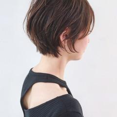 暗髪 大人ショート マッシュ 地毛風カラー ヘアスタイルや髪型の写真・画像