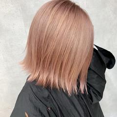 ミニボブ ピンクベージュ ミディアム ナチュラル ヘアスタイルや髪型の写真・画像