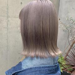 ダブルカラー ボブ 切りっぱなしボブ フェミニン ヘアスタイルや髪型の写真・画像