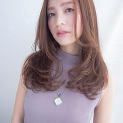セミロング 大人かわいい パーマ ベージュ ヘアスタイルや髪型の写真・画像