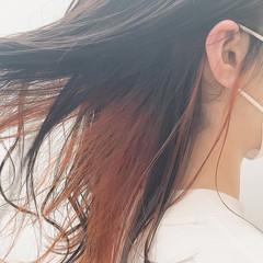 ブリーチ セミロング アプリコットオレンジ フェミニン ヘアスタイルや髪型の写真・画像