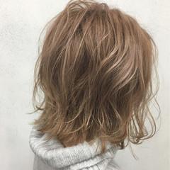アッシュ ボブ ストリート ゆるふわ ヘアスタイルや髪型の写真・画像