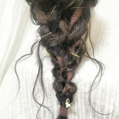 フェミニン 結婚式 ロング 編み込み ヘアスタイルや髪型の写真・画像