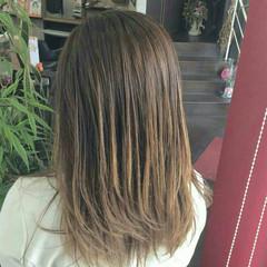 グラデーションカラー グラデーション セミロング ナチュラル ヘアスタイルや髪型の写真・画像