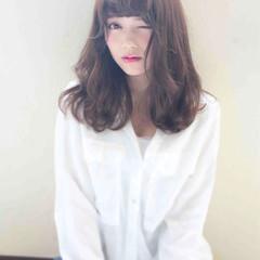 大人かわいい セミロング スウィート ナチュラル ヘアスタイルや髪型の写真・画像