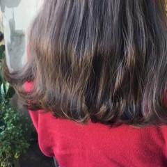 ヘアアレンジ ナチュラル アンニュイほつれヘア ヘアカラー ヘアスタイルや髪型の写真・画像