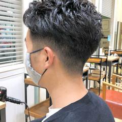 フェードカット メンズショート メンズカット ナチュラル ヘアスタイルや髪型の写真・画像