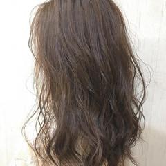 ナチュラル 大人可愛い 透明感カラー ロング ヘアスタイルや髪型の写真・画像