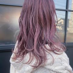 ガーリー ベリーピンク セミロング ラベンダーピンク ヘアスタイルや髪型の写真・画像