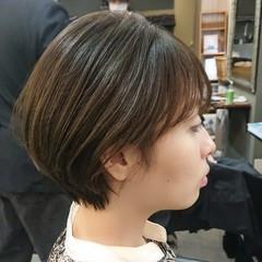 アッシュ 丸みショート ショート マッシュ ヘアスタイルや髪型の写真・画像