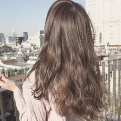 ハイライト 外国人風 ゆるふわ アッシュ ヘアスタイルや髪型の写真・画像