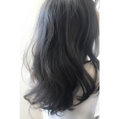ナチュラル 波ウェーブ 黒髪 暗髪 ヘアスタイルや髪型の写真・画像