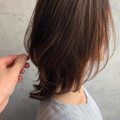 ニュアンスウルフ ナチュラル ミディアム ナチュラルウルフ ヘアスタイルや髪型の写真・画像