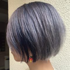 ハイトーン ストリート ボブ ブルーアッシュ ヘアスタイルや髪型の写真・画像