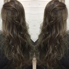 暗髪 ハイライト 外国人風 ナチュラル ヘアスタイルや髪型の写真・画像