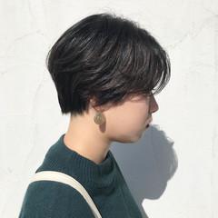 モード 暗髪 ショートボブ かっこいい ヘアスタイルや髪型の写真・画像