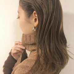 ヘルシー ベージュ ミディアム ナチュラル ヘアスタイルや髪型の写真・画像