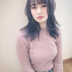 黒髪 ナチュラル 暗髪女子 ウルフカット ヘアスタイルや髪型の写真・画像