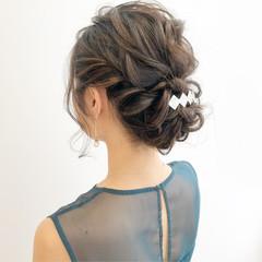 オフィス 簡単ヘアアレンジ 結婚式 セミロング ヘアスタイルや髪型の写真・画像