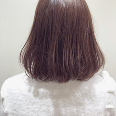 ヘアカラー ミディアム ラベンダーピンク ナチュラル ヘアスタイルや髪型の写真・画像