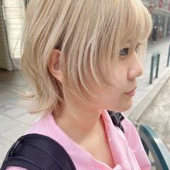インナーカラー ブリーチ ミディアム アッシュベージュ ヘアスタイルや髪型の写真・画像