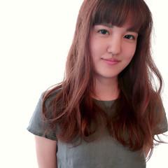 フェミニン ワイドバング ハイライト オレンジブラウン ヘアスタイルや髪型の写真・画像